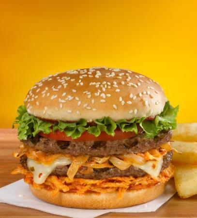 Spicy veggie burger (Burnin' Love) - Picture of Red Robin Gourmet ...