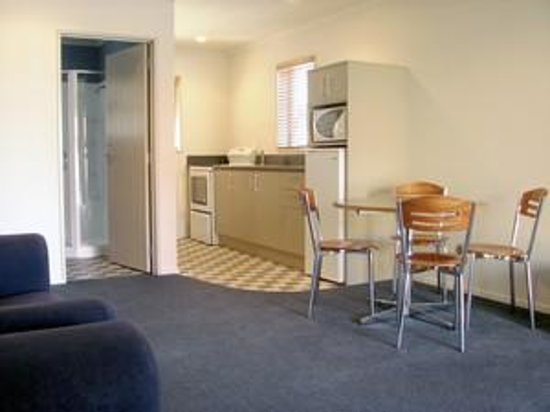 ASURE Scenic Route Motor Lodge: Two bedroom unit