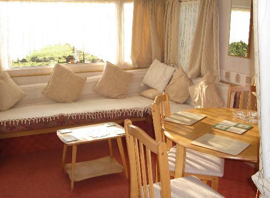 Row Brow Farm: caravan sitting area