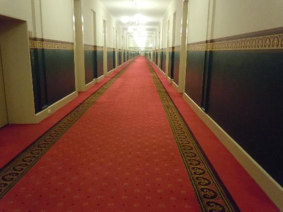 Grand Hotel Melbourne - MGallery Collection: Elegant & spacious corridors add to the grandeur