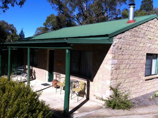 Murray Gardens Motel & Cottages: Our cottage
