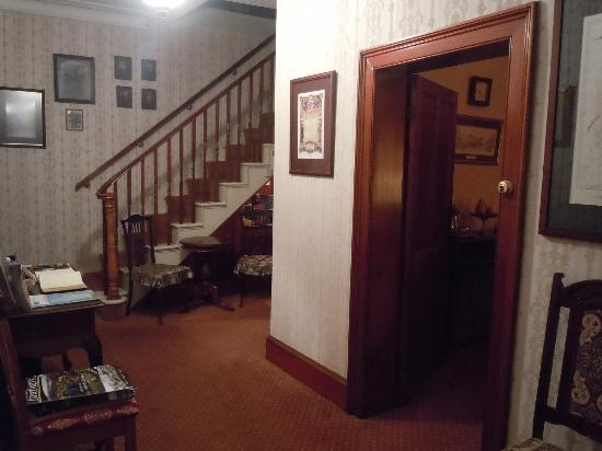 Meredith House and Mews: Staircase to upstairs rooms - Meredith House