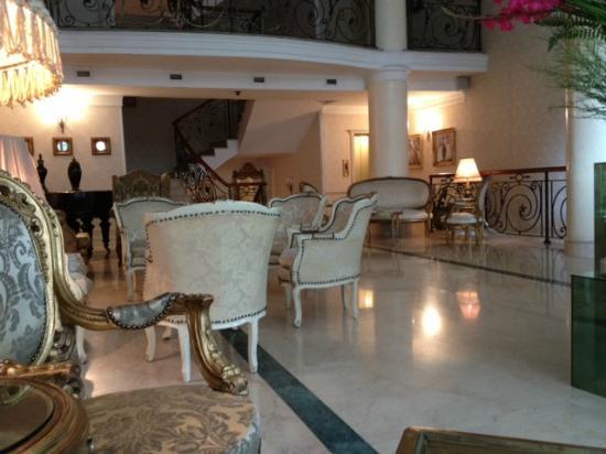 Vere Palace: main lobby view