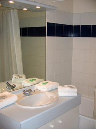 Nemea Appart'hotel Val Dancelle : Bathroom