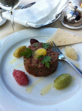 Bellevue Brasserie : steak tartar