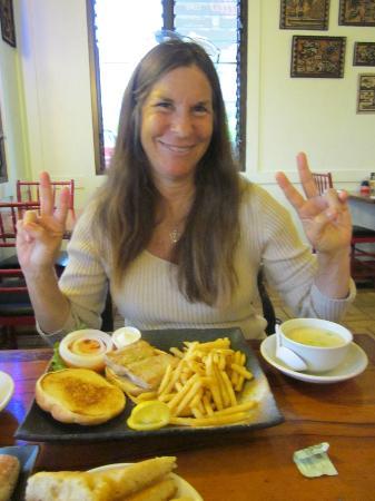Mahina Cafe: Fish Sandwich and Miso Soup