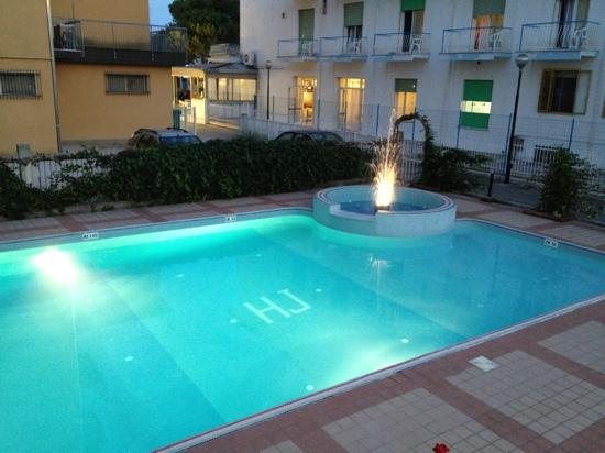 Hotel Jalisco: la piscine la nuit...