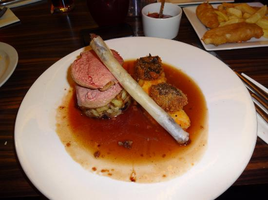Simply Red: Duck Breast with Confit Duck Cigar and Marmalade Sauce