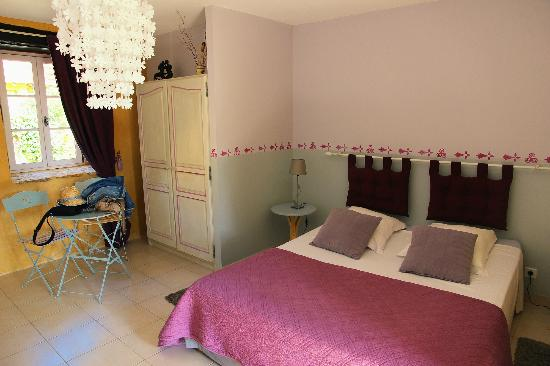 Les Boudines : Chambre Prune