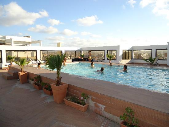 Tanjah Flandria: hotel's swimming pool