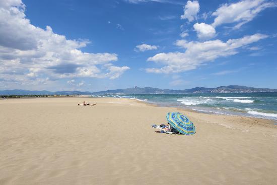 Camping Riu: PLATJA SANT PERE - BEACH SANT PERE