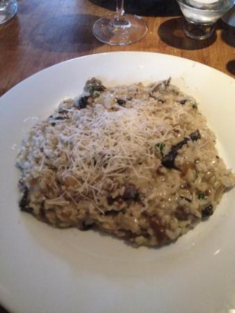Il Primo: mushroom risotto with parmesan