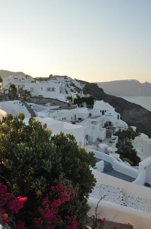 Alexander's Boutique Hotel of Oia: View of Caldera.