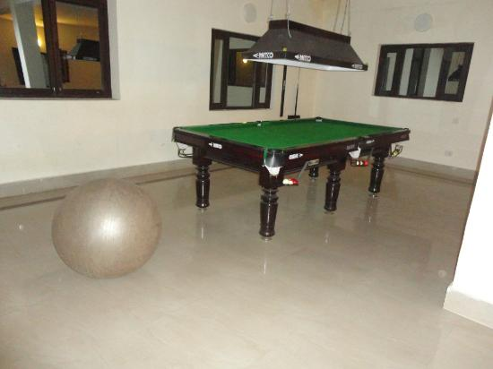 Xomotel Ranikhet Heights: Pool..