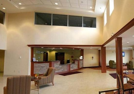 Comfort Inn & Suites: Lobby (OpenTravel Alliance - Lobby view)