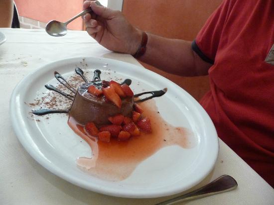Osteria Penzo : Semifreddo di cioccolata e fragole