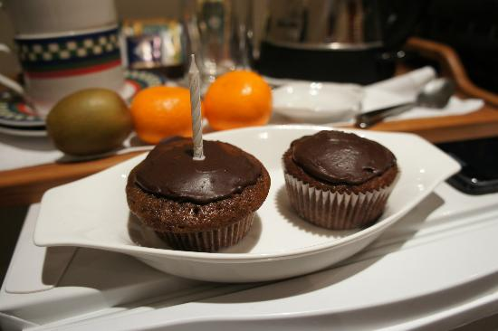 Snowhaven Accommodation: Delicious cup cakes