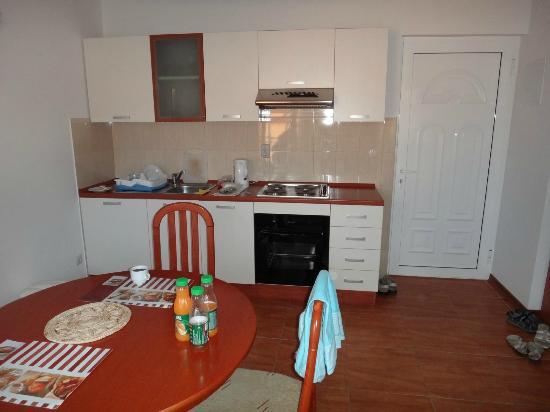 Villa Malo More: Кухня