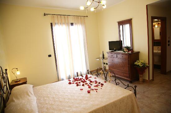 Hotel Salento Mirfran: camera vista mare suite
