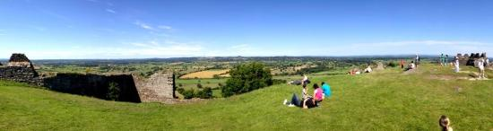 Beeston Castle: Panoramic view from the top