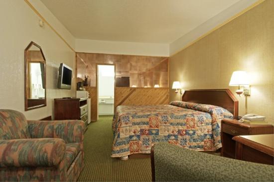 Americas Best Value Inn: Full Bed Standard