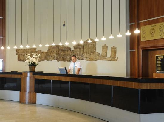 SENTIDO Perissia: Reception