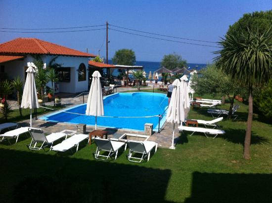 Garten Mit Pool garten mit pool picture of hotel bara neos marmaras tripadvisor
