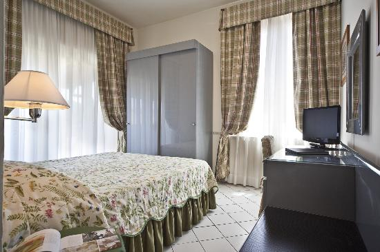 Standard Double Room Hotel Italia Siena