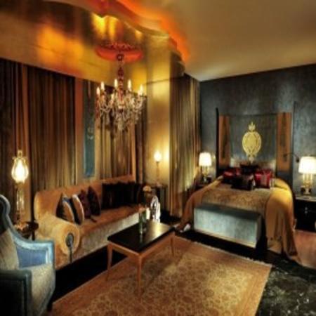 Pink Room at Mardan Palace Hotel