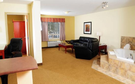 Trend Mountain Hotel & Conference Centre: Guest Room