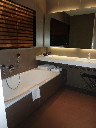 Hotel Lone : Badezimmer