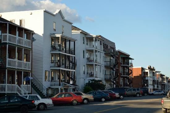 Auberge Gouverneur Shawinigan: Down Town residential