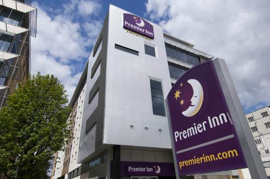 Premier Inn London Ealing Hotel