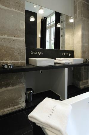 Helzear Montorgueil : salle de bain