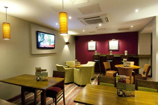 Premier Inn London Ealing Hotel