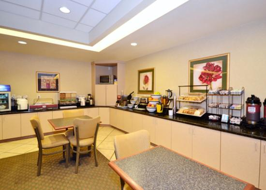 Comfort Inn & Suites Yuma: Breakfast items