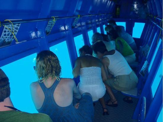 Yellow Submarine: Interior of Yellos Sub