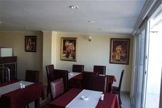 Meddusa Hotel: Restaurant