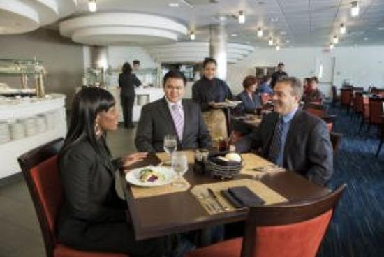 Lockheed Martin CLE : Enjoy marketplace-style dining for breakfast and l