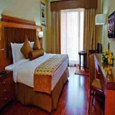 Photo of Chelsea Gardens Hotel Apartments Dubai