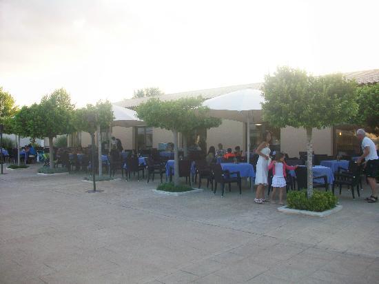 Valentin Playa de Muro : ristorante all'aperto