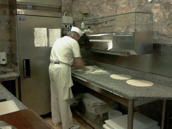 Ristorante Pizzeria Belvedere: La pizzeria ottima, con il forno a legna.