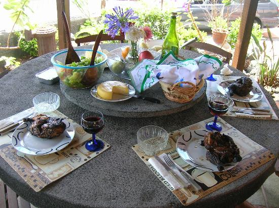 Bed and Breakfast Miradouro da Papalva Guest House INN ID No. #1229: Our amazing Azorean feast!