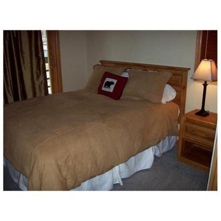 Iron Horse Resort: Master Bedroom