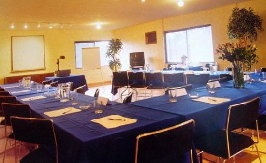 Hotel Huizache: Business Center