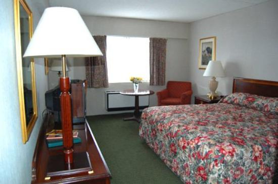 The Landmark Inn: Standard Room - One King