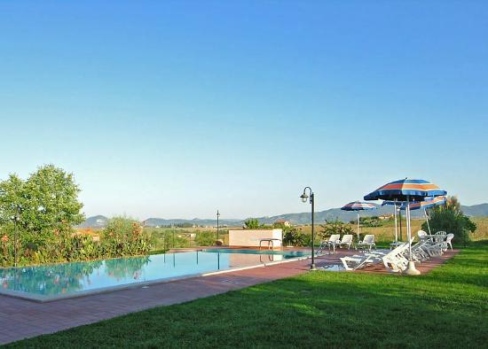 Poggio Verde : La piscina