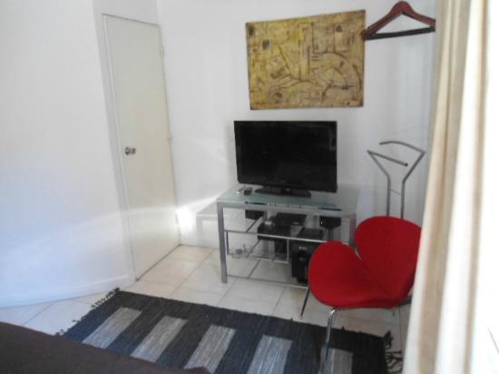 Modigliani Art & Design Suites Mendoza: Modigliani: Dormitorio