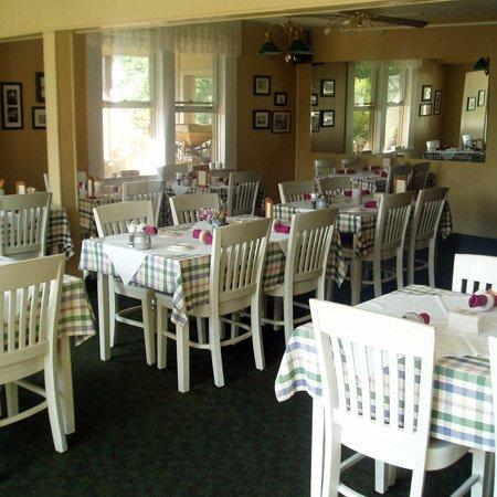 Woodbridge Inn: Restaurant