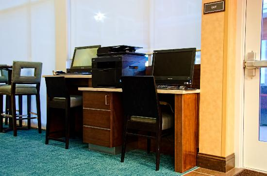 Residence Inn Springfield South: Business Center